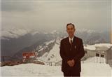 1983年,郁铭芳在瑞士考察时留影